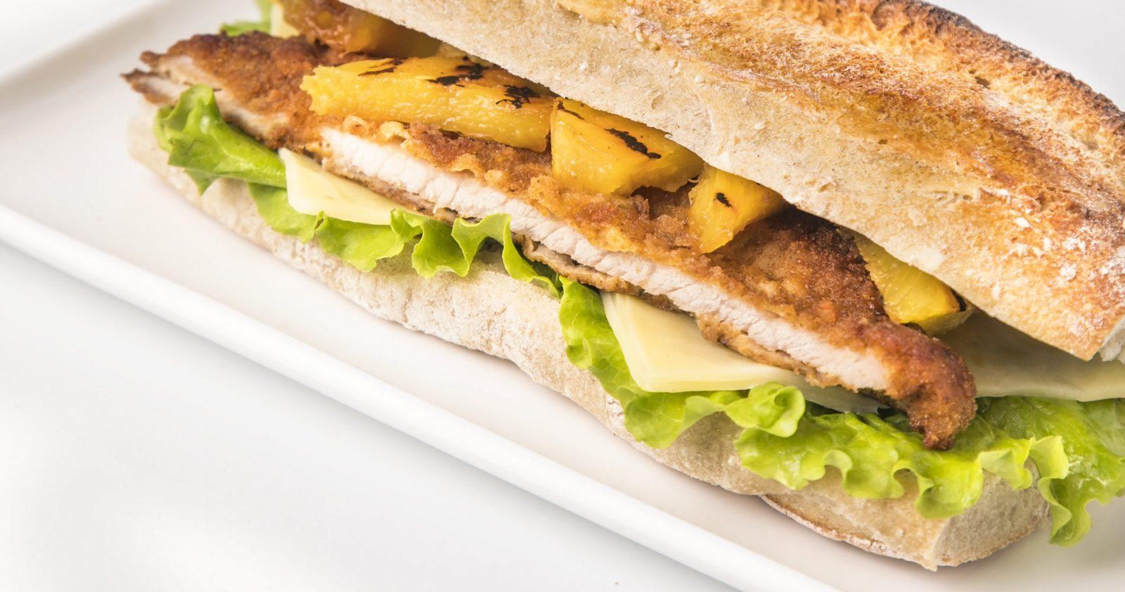 Club Sandwich De Bola De Pierna De Cerdo